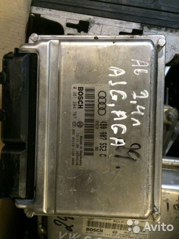 Управление двигателем Ауди А6 2.4L 4B0907552C— фотография №1