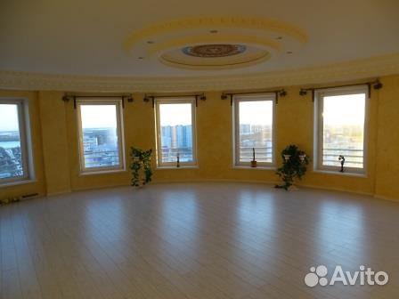 Продается четырехкомнатная квартира за 20 000 000 рублей. Ханты-Мансийский автономный округ, Нижневартовск, Омская улица, 25.