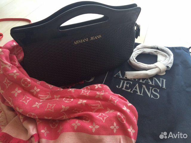 Модная женская вечерняя одежда и аксессуары: платья, сумки