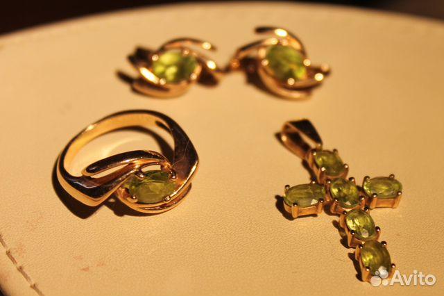 Комплект золотой с хризолитом— фотография №1. Адрес  Свердловская область  ... 36f9c2fbaa4