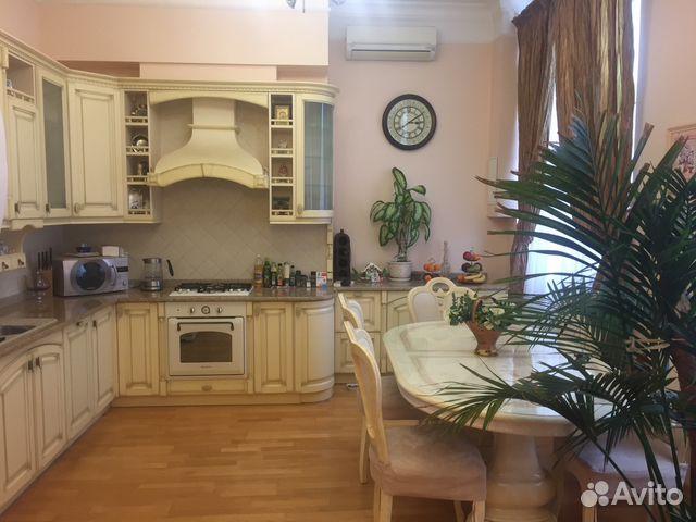Продается трехкомнатная квартира за 10 800 000 рублей. Москва, поселение Первомайское, деревня Губцево, Светлая улица, 60.