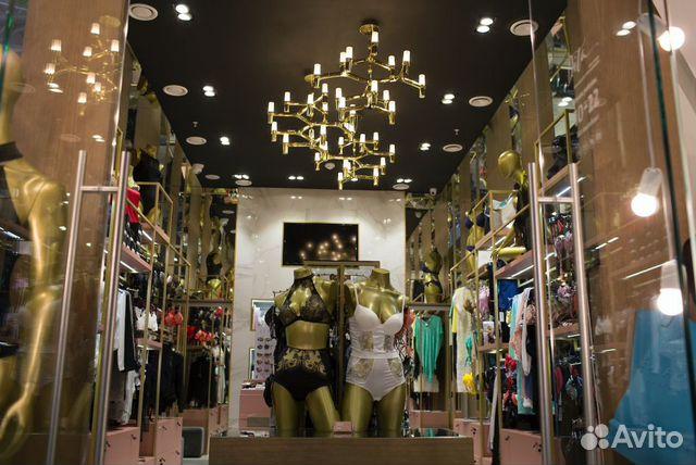 89220004530 Сеть магазинов нижнего женского белья в ТЦ города