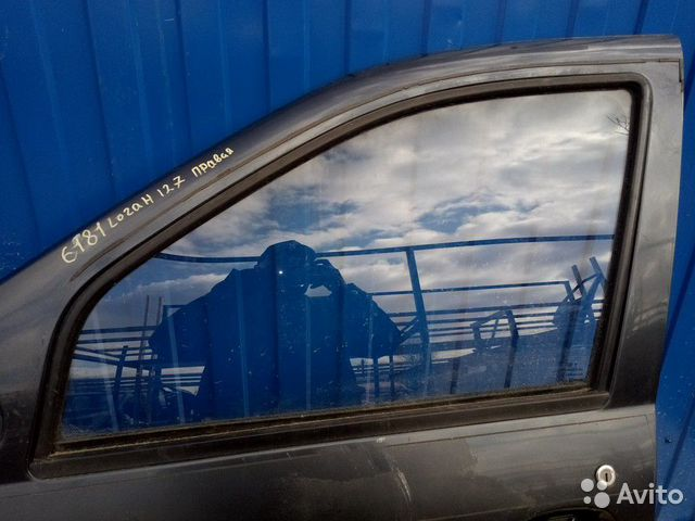 89657347629  Стекло двери (Renault Logan)
