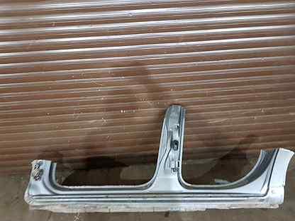 Порог левый Audi A4 B7 BFB 2006