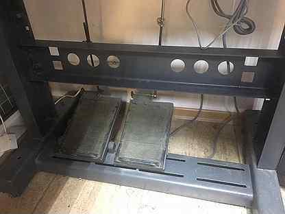 Прямострочная промышленная швейная машина